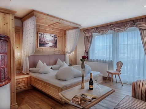 Graf-Enzenberg-Suite 48 m² Linderhof-1