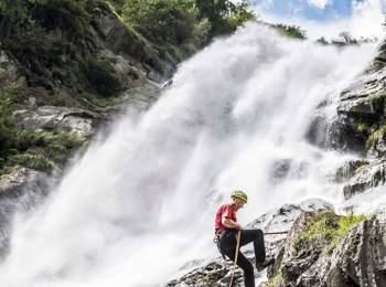 Abseilen vom Partschinser Wasserfall