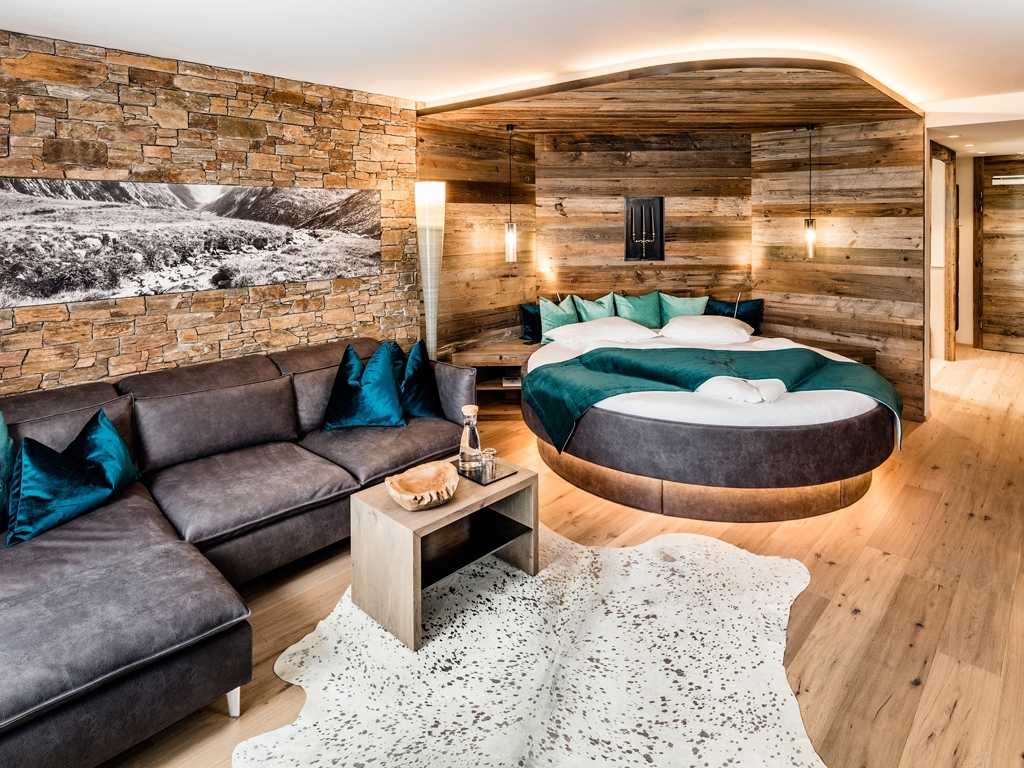 alpin spa resort schwarzenstein in luttach die besten hotels in s dtirol hier buchen. Black Bedroom Furniture Sets. Home Design Ideas