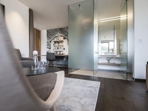 NEU Alpin & Style Suite-2