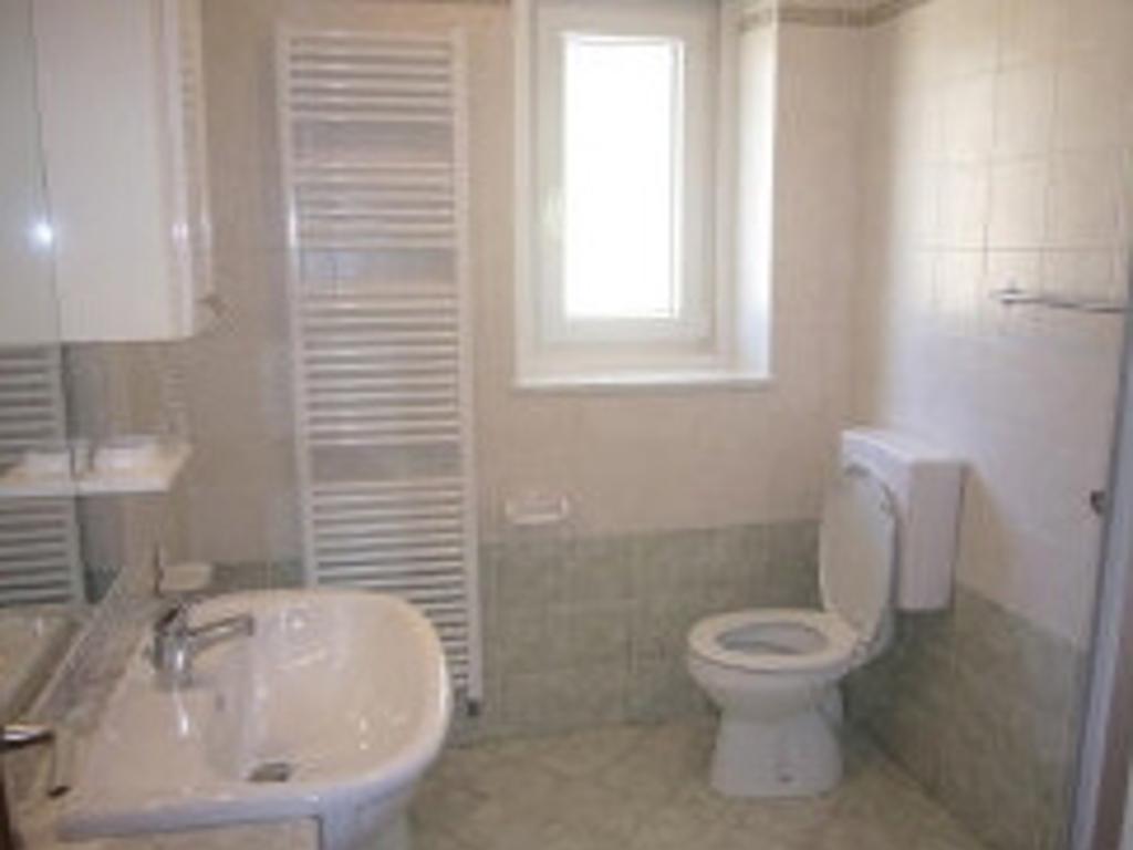 Emejing Azienda Soggiorno Canazei Contemporary - House Design Ideas ...