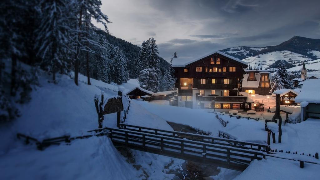 Aqua Bad Cortina - hotel & mineral baths