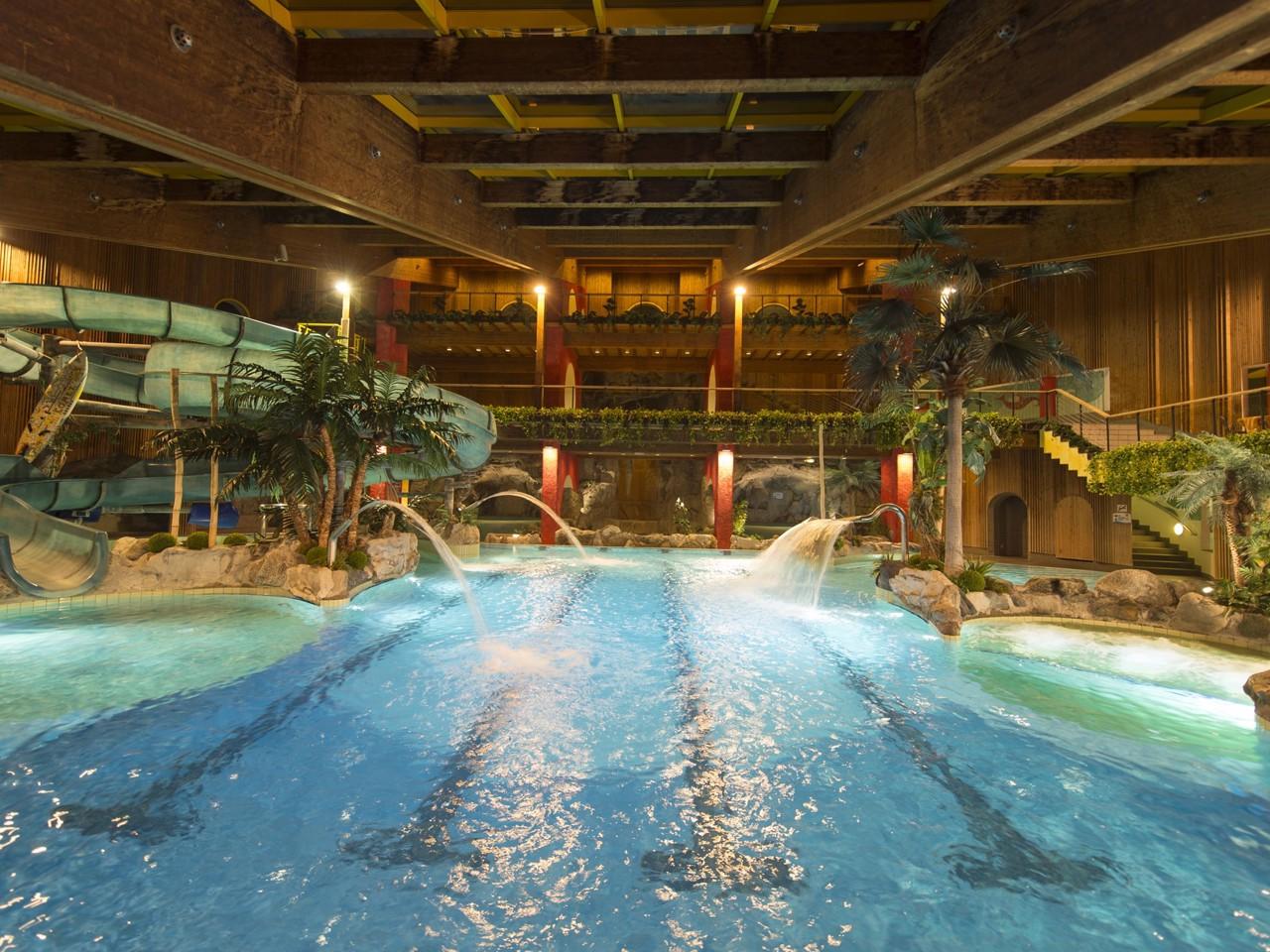 La piscina acquavventura di naturno alto adige - Piscine alto adige ...