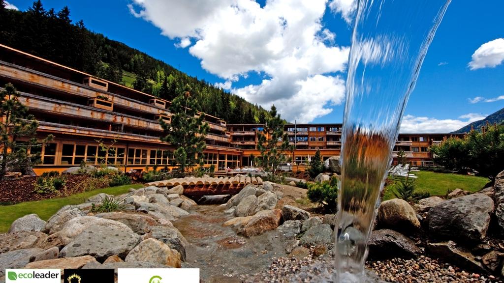 Arosea life balance hotel in st walburg meran und for Designhotel ultental