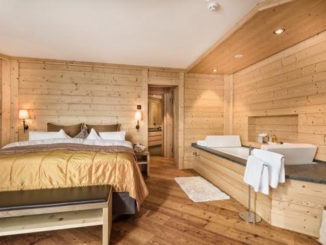 Spa Chalet Suite -1