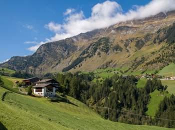 Bergbauernhöfe in Pfelders