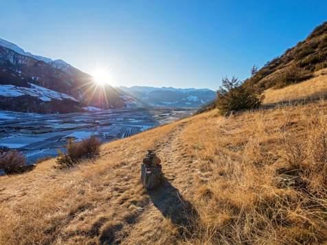 Blick vom Vinschger Sonnenberg auf Laas