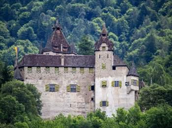 Castel d'Enna nei pressi di Montagna