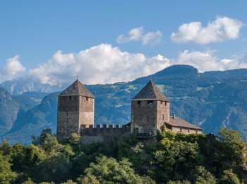 Castel Leone presso Foiana