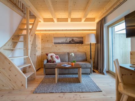 Doppelzimmer Mansarde mit Talblick und Balkon-3
