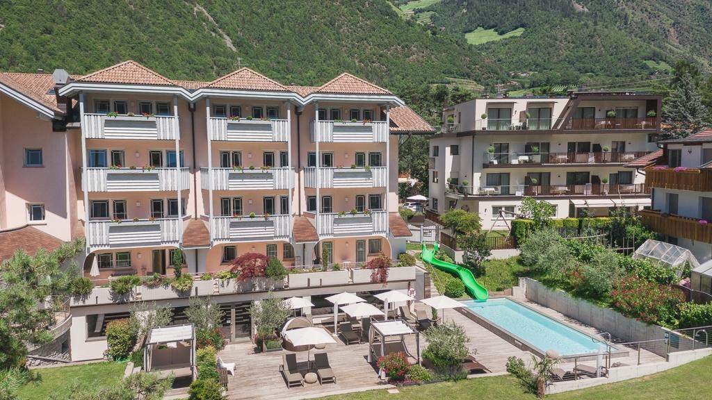 Familienapparthotel heidi in partschins rabland meran for Design hotel meran und umgebung