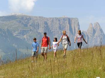 Family hike on Seiser Alm