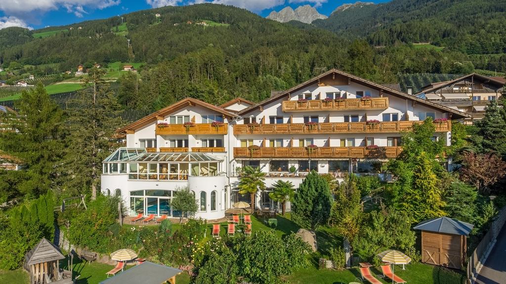 Family Hotel & Residence Gutenberg