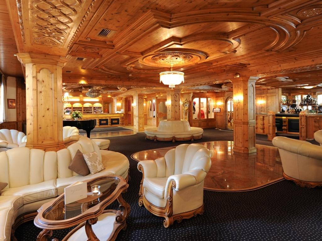 first class hotel vier jahreszeiten ferien in s dtirol auf suedtirol ch buchen. Black Bedroom Furniture Sets. Home Design Ideas