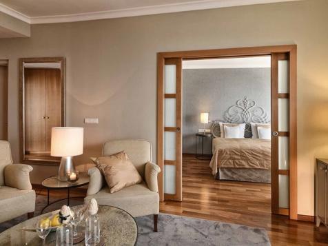 Sun Suite 50 sq. -2