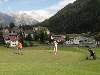 Giocare a golf a St. Anton am Arlberg