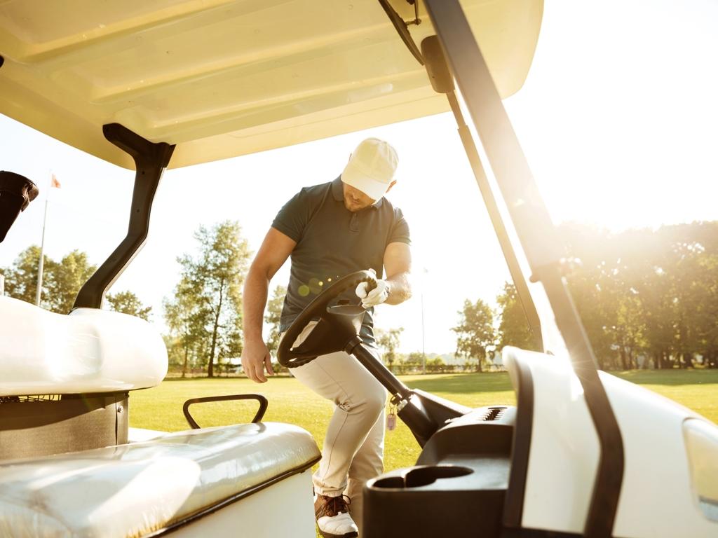 image: Golfen und Wandern