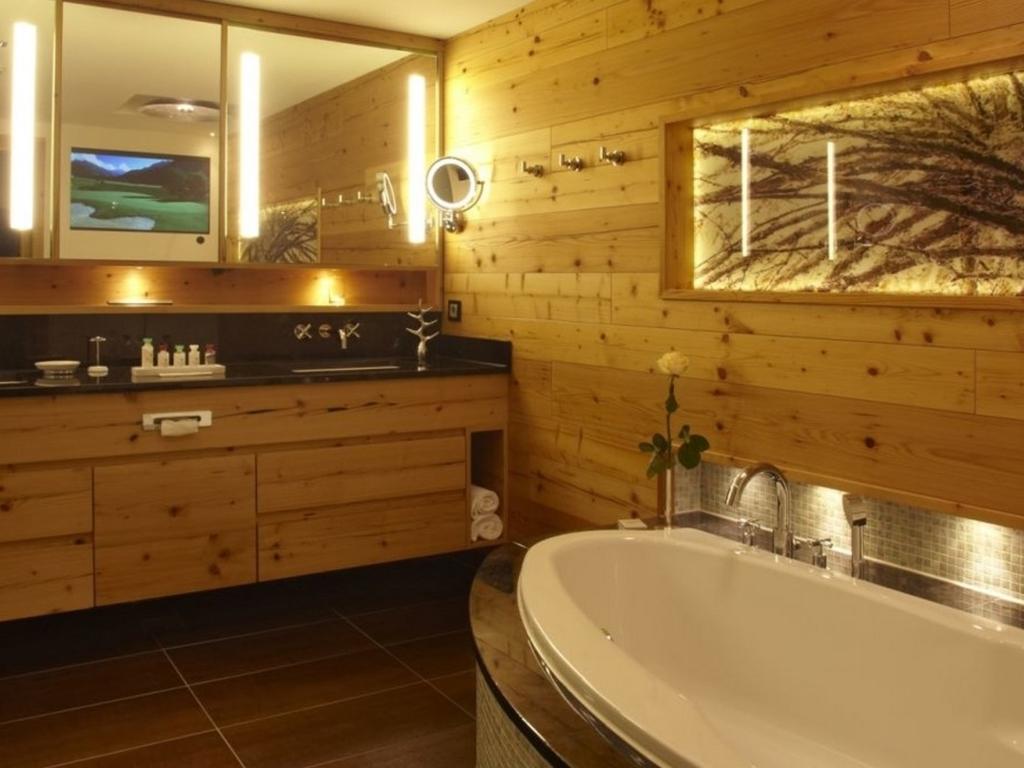 Grand Tirolia Hotel Kitzbuhel Curio Collection By Hilton In