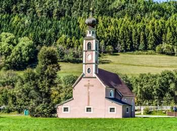 Heilig Kreuz church near St. Lorenzen