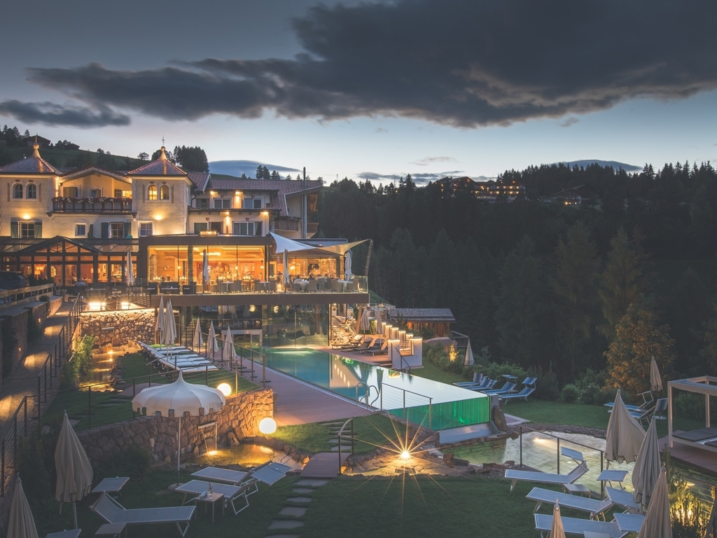 Hotel Albion Mountain Spa in Ortisei. Prenota qui i migliori hotel ...