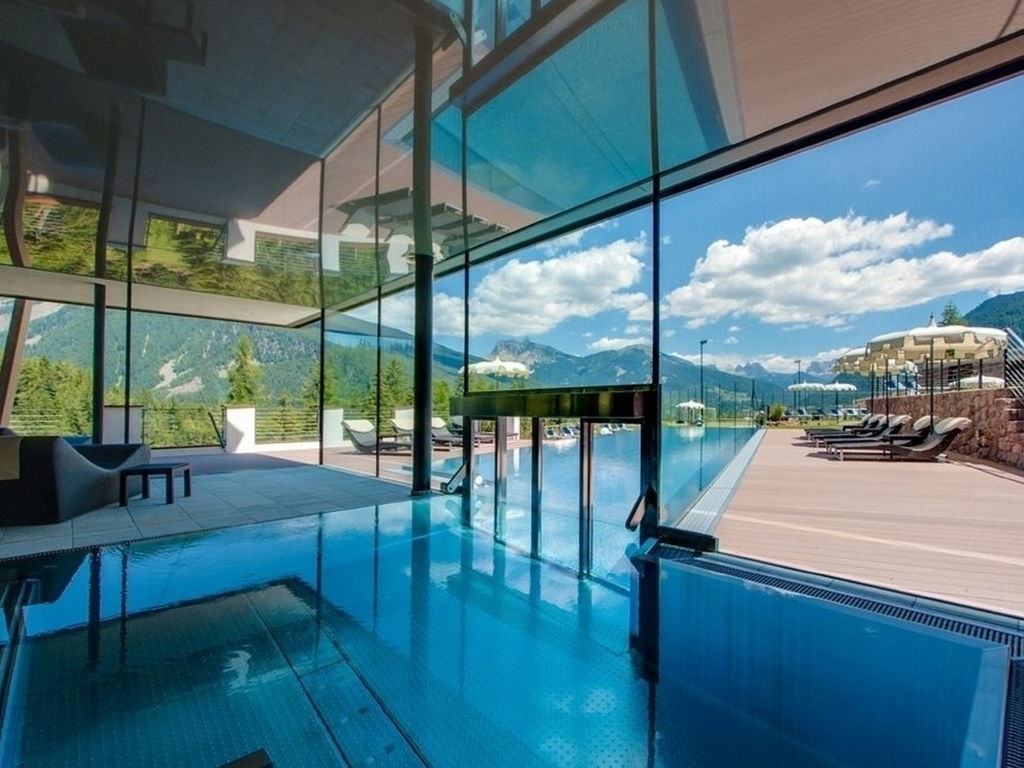 Hotel albion mountain spa in st ulrich book the best for Piscina enjoy