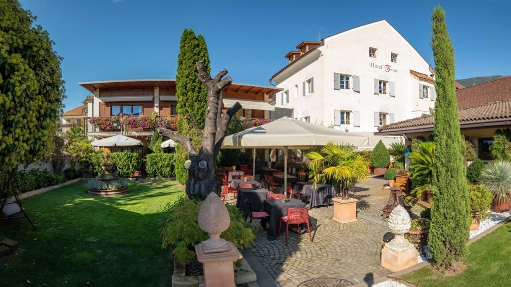 Hotel & Appartements Traube di Bressanone / Valle Isarco - www.alto ...