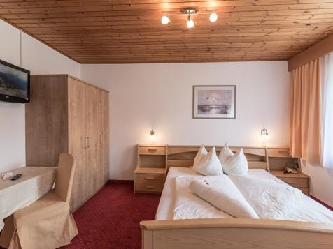 Doppelzimmer ohne Balkon-3
