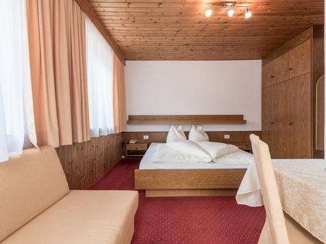 Doppelzimmer ohne Balkon-4