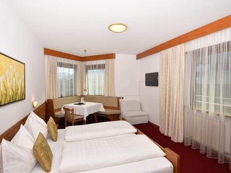 "Komfortdoppelzimmer ""Hasenöhrl""-1"