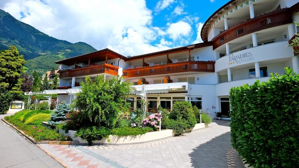Hotel - Café Paradies