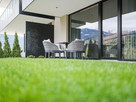 Living Suite Garden-3