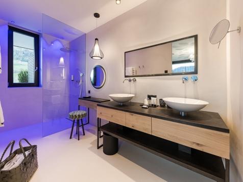 Penthouse plus mit Whirlpool & Sauna-3