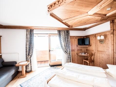 Romantikzimmer mit Balkon-1