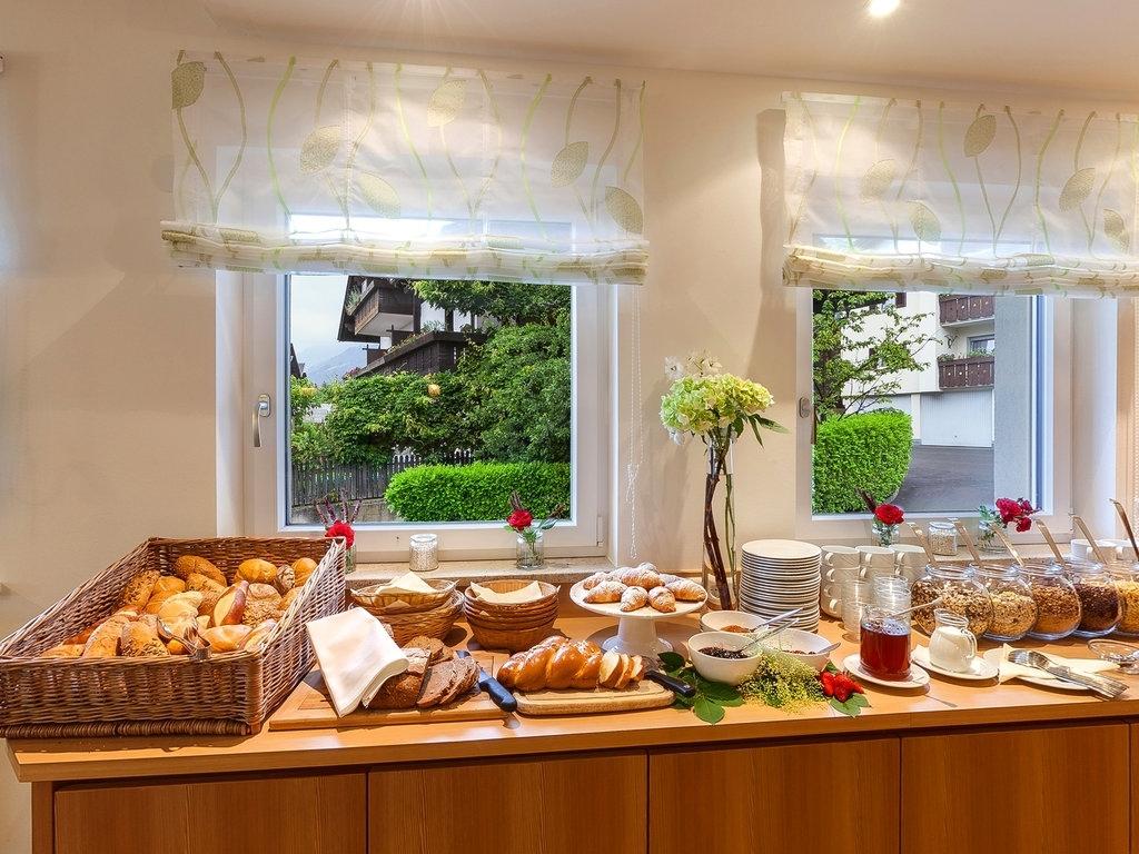 Hotel Garni Residence Amelia Ferien In Sdtirol Auf 2 Orange 39 Gallery 18
