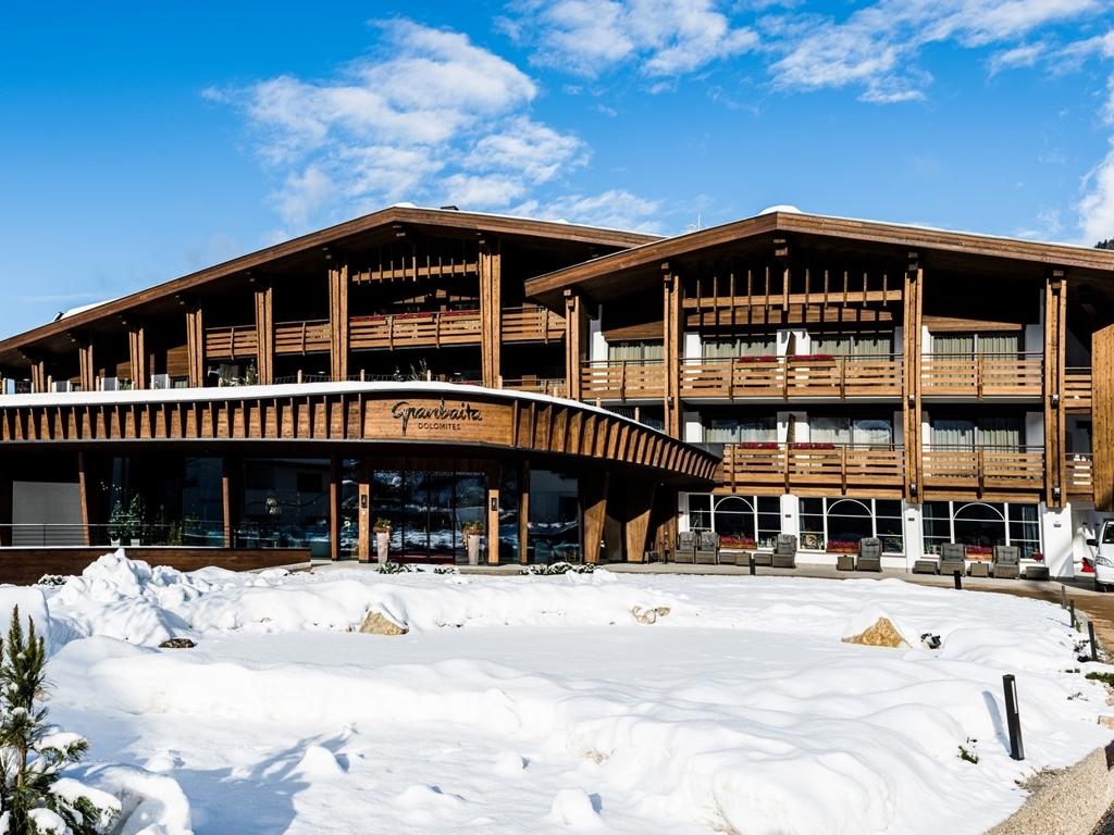 Hotel Granbaita Dolomites in Selva Di Val Gardena. Prenota ...
