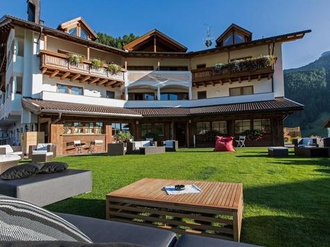Hotel in val gardena alto adige for Wolkenstein design hotel