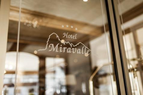 Hotel Miravalle Logo
