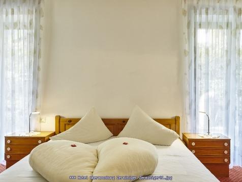 """Familienzimmer """"Zerminiger"""" 27 m² für 2-4 Personen-1"""