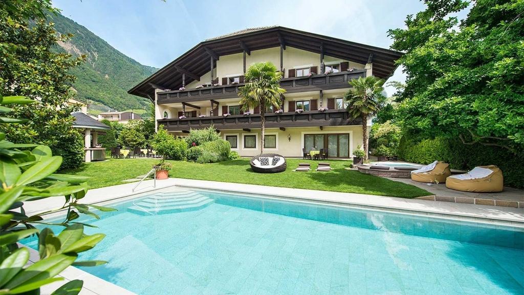 Hotel pension verena in lana meran und umgebung www for Hotel in lana sudtirol