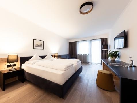 Doppelzimmer Süd+ Zirm-6