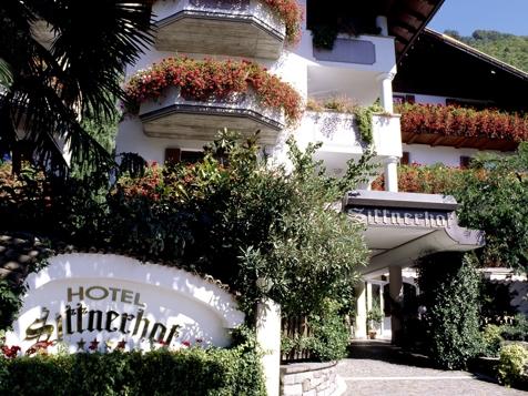 Hotel sittnerhof in meran meran und umgebung www for Designhotel meran umgebung