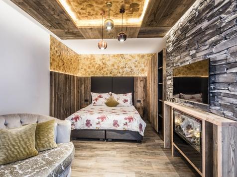 Vierbettzimmer mit Balkon-1