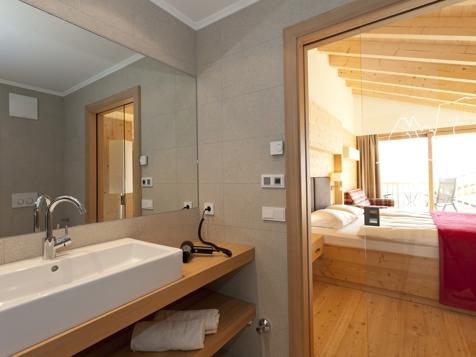 Suite mit privater Infrarotsauna und Balkon-4