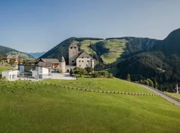 Ćiastel de Tor Castle