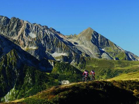 In bici nella Valle dello Zilllertal