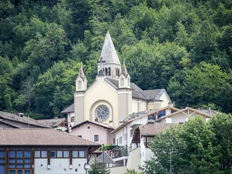 Kirche in Montan