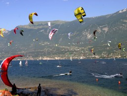 Kitesurf a Tremosine