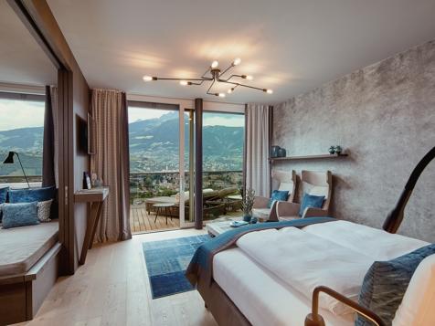 penthouse suite lodge top of meran - neu!-1