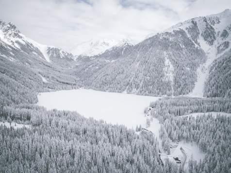 Lago di Anterselva d'inverno