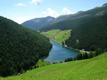 Lago di Valdurna in Val Sarentino